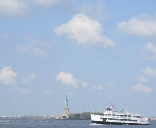 Statue_of_liberty_cropped